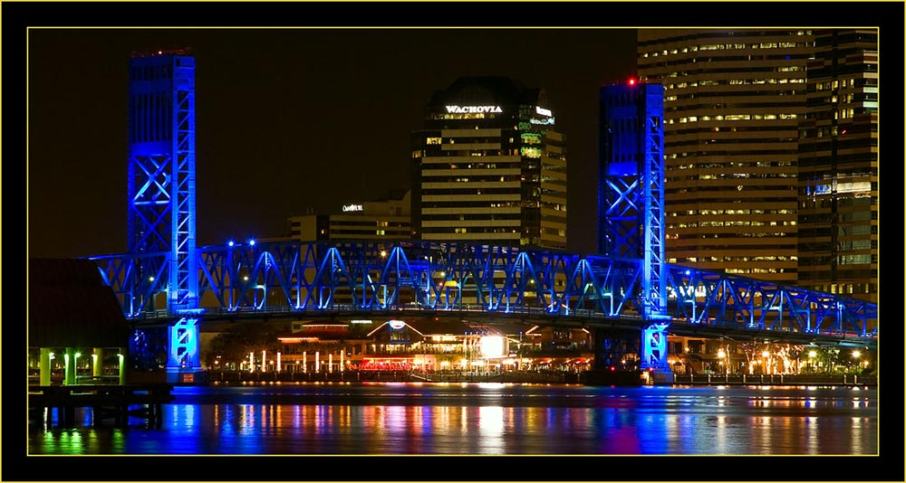 Night View of Jacksonville, Florida - 5D & 24~105 f/4 lens, 2.5 seconds at f/8